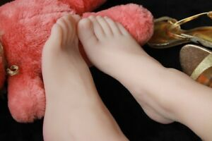 Real Pretty Silicone Female Feet Bigfoot Shoes Socks Displays Model Size 40