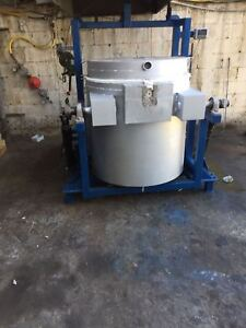 650 Kg Hydraulic Tilting Crucible Melting Furnace Great Condition