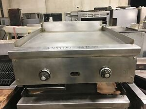 Jade Range 24 Thermostatic Flat Top Griddle With 1 5 Thick Griddle Plate