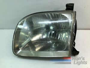 2001 2004 Toyota Sequoia Headlight Oem Lh driver Pre owned