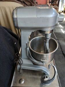 Hobart 20 Quart Qt Bakery Pizza Dough Mixer With Bowl Hook Paddle Whip Nice
