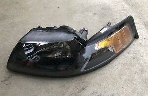 Eagle Eyes Ford Mustang Left Headlight New 2001 2004