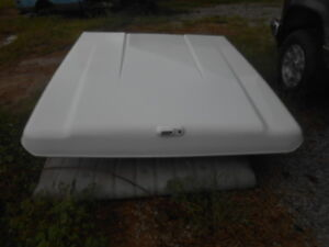 2009 Chevy Silverado Truck Bed Cover