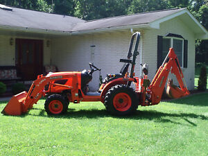 Kubota B 2320 Hydro 4x4 Diesel Loader Backhoe Good Conditon Low 367 Hrs