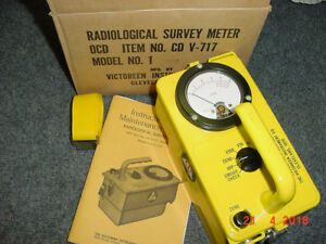 03 Cdv 717 Victoreen Radiation Detector Survey Meter Ser 35351 W box