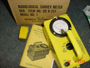 07 Cdv 717 Victoreen Radiation Detector Survey Meter Ser 64312 W box
