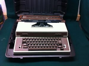 Royal Academy Electric Typewriter In Carrying Case