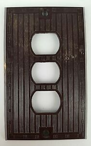 Vintage Bryant Dark Brown Plastic 3 Hole Switch Plate Outlet Cover H 10560 Usa