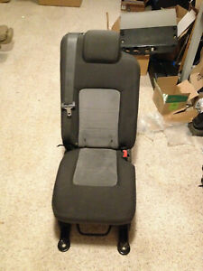 2003 2013 Ford Expedition Second 2nd Row Middle Center Jump Seat Gray Cloth