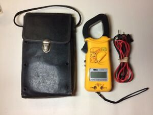 Uei Dl 90a Digital Clamp On Tester W Case