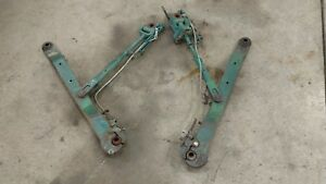 Oliver 1600 3pt Hitch Arms And Links