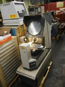 Mitutoyo Ph 350 14 Optical Comparator With Mitutoyo Micropak2 Dro 2 axis
