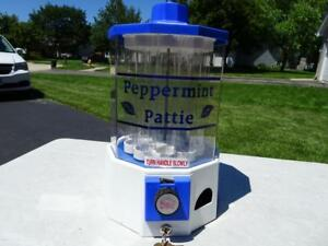 Vintage Peppermint Pattie Candy Machine Dispenser Works W keys