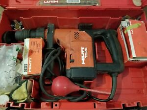 Hilti Te25 Hammer Drill And Bits