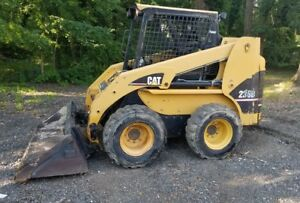 Caterpillar 236 B Skid Steer Loader 2300 Hours Has Heat And Soft Cab For Winter