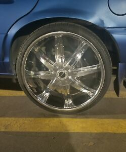 Used Universal 22 Inch Rims And Tires