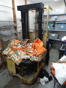 Yale Order Picker Forklift includes Fully Working Battery Charger