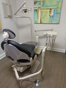 Adec 1040 Dental Chair W Delivery Unit Light New Black Upholstery