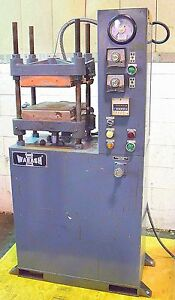Hydraulic Press 30 Ton Wabash Molding Electric Heat Platen Post Press