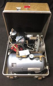 Air Techniques Dental Compressor Dehydrator M5b 15 Volts 19 5 Amps In Case