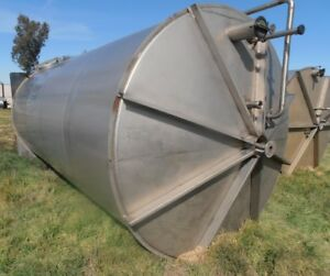 6 850 Gallon Stainless Steel Sloped Bottom Tank