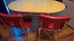 Vintage Kitchen Master 1950 S Formica Chrome Base Table 4 Chairs Douglas Corp