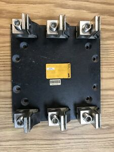New Bussmann Fuse Block R60200 3cr