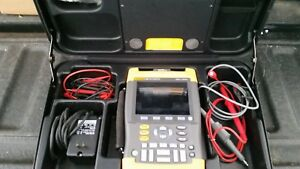 Fluke 192b Scopemeter With Charger And Test Leads