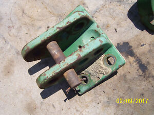 Vintage Oliver 1800 D Row Crop Tractor 3 Point Top Link Casting