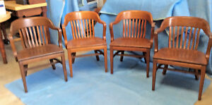 W H Gunlock Chair Co 4 Walnut Chairs 1947 8 Spindle Back Government Office