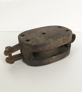 Antique Primitive Small Pulley Wood Metal Farm Barn Tool Rope Lifter