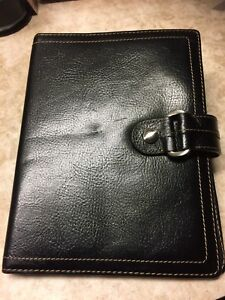 Fossil Black Leather Portfolio Binder Note Pad 8 5x6