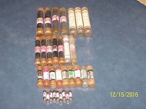 Lot Of 32 Fuses Used Tested Frn Frs Tr Trs And Others Vac Vary