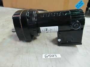 Dayton D c Gearmotor Model 6z914a 1 20 Hp 90v 37 Rpm 1 2 Od Shaft new