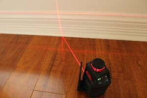Bosch 360 Degree Laser Line Level Gll 2 20 Good Condition