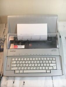 Brother Daisy wheel Correctronic Electronic Typewriter Model Gx 6750
