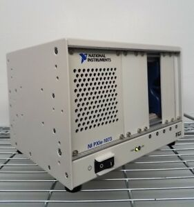 National Instruments Ni Pxie 1073 Pxi Chassis 5 slot