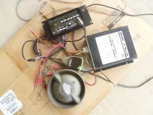 This Is A Set Whelen Bl 627 Amplifier With Speaker code3 And Control mpc01