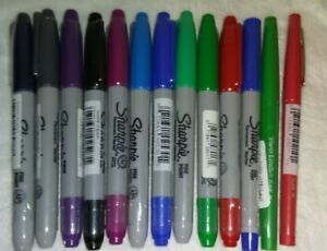 Large Lot Of 100 Sharpie Permanent Markers Assorted Colors Black Red Green Blue