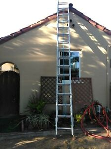 32 Ft Extension Ladder Adjustable Feet
