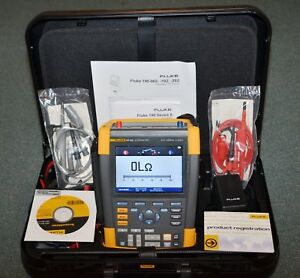 Fluke 190 202 am s 200 Mhz 2 25gs s 2 Ch Color Scopemeter Fully Working Mint