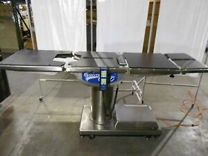 Skytron 6600 Bariatric Surgical Table