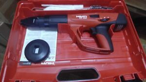 Hilti Dx 460 Powder Actuated Tool Kit In Plastic Case With X 460 f8 Pre Owned