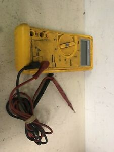 Fluke 23 Series 2 Multimeter W Leads Case Free Shipping