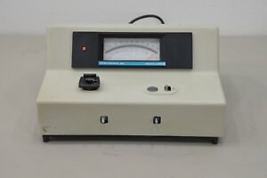 Bausch Lomb Spectronic 20 Spectrophotometer 15786 M24