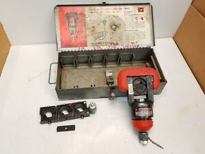 Thomas Betts 13642 12 Ton Swivel Head Hydraulic Crimper With Dies And Case
