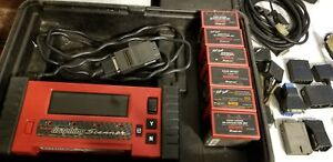 Nice Snap on Tools Graphing Diagnostic Code Scanner W Adapter Cartridges Mtg2500