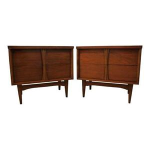 Pair Of Mid Century Danish Modern 2 Drawer Sculpted Pull Walnut Nightstands