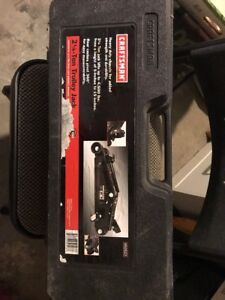 Craftsman Floor Jack 4500 Lbs Capacity 15 Maximum Height Steel Black Each