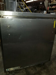 27 Beverage air Commercial Refrigerator Wtr27a 24 23 53